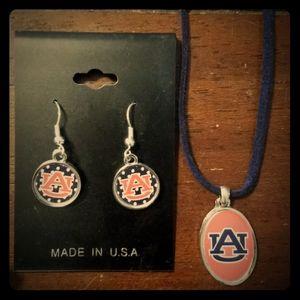 Jewelry - Auburn necklace & earring set
